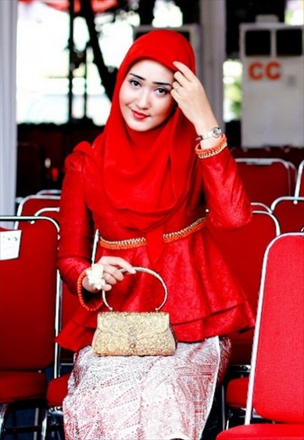 style-of-Red-scarf-7
