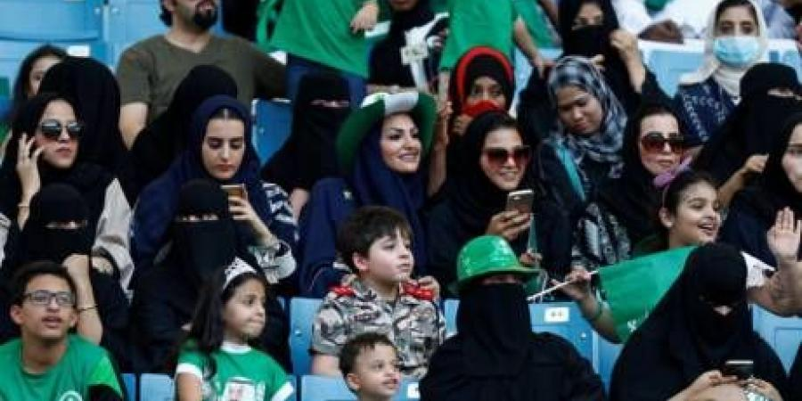 women-will-now-be-able-to-go-to-the-stadium